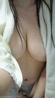 foto cewek seksi toket payudara gede Hot