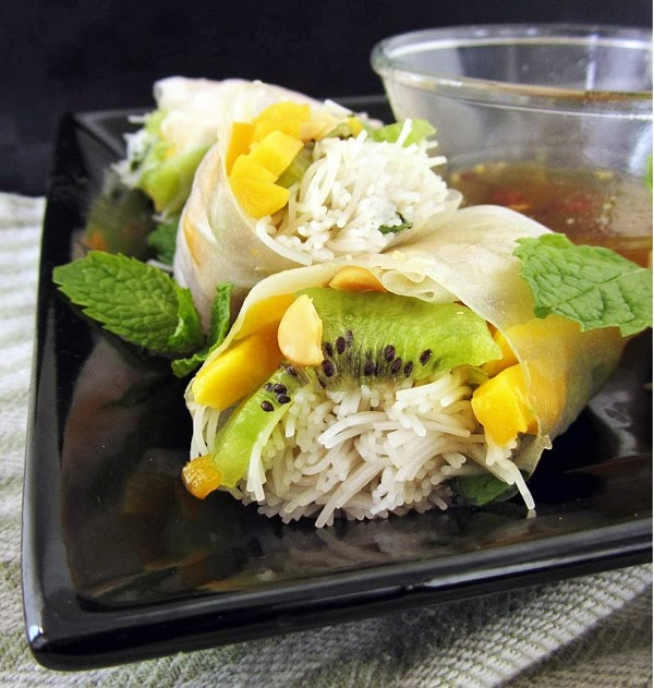 kiwi mango summer rolls