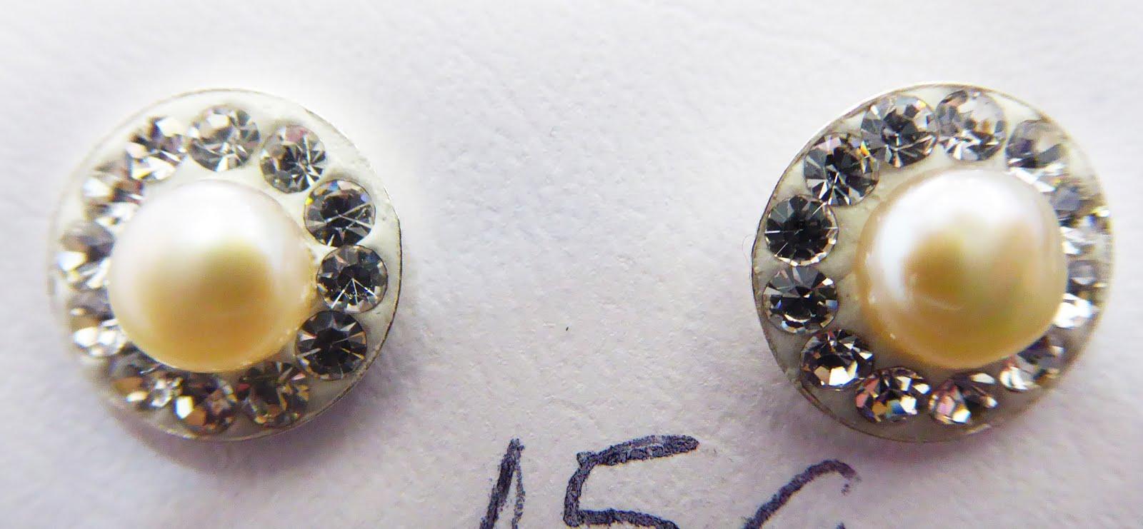 Pendientes de perlas y circonitas