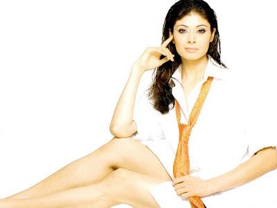 Pooja Batra sexy picture