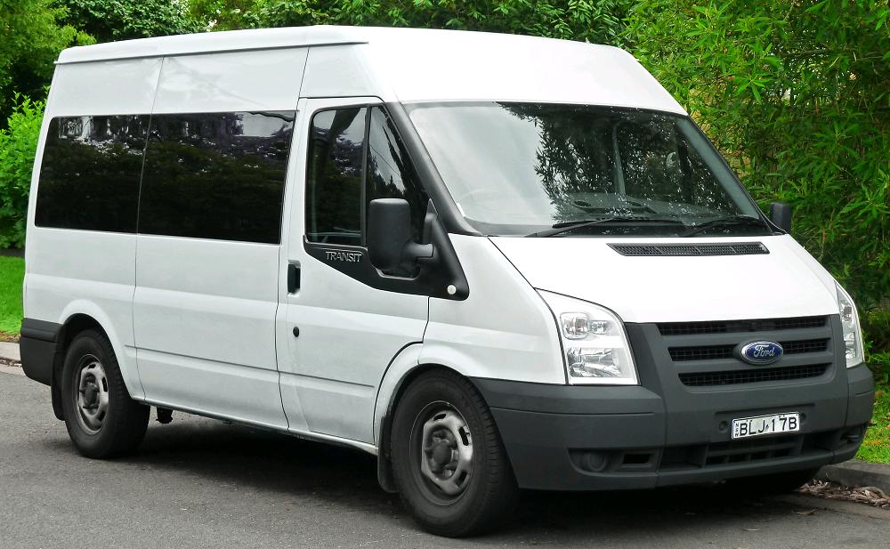Xe Ford Transit - Một chiếc ô tô Van điển hình