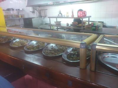 Almuerzos populares: Barra del bar vent de nit de Alboraya