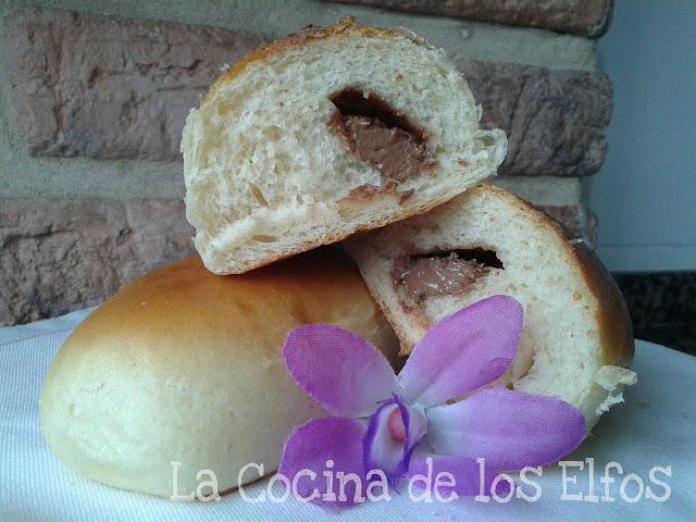 la receta base es el pan de leche hokkaido con tang zhong