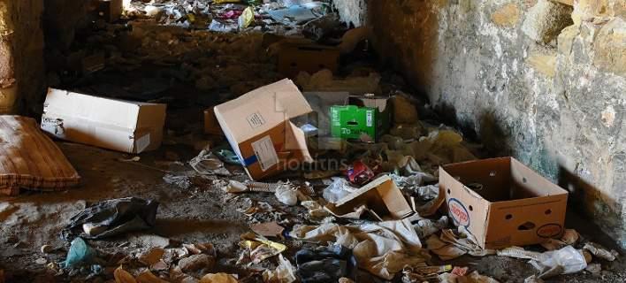 Χίος: Θλίψη προκαλεί η κατάντια του πιο ιστορικού μνημείου της Χίου,εξαιτίας του καταυλισμού λαθρομεταναστών.[εικόνες & βίντεο]