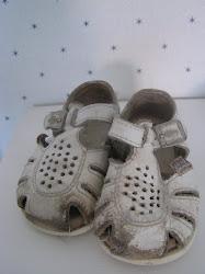 Slitna sandaler