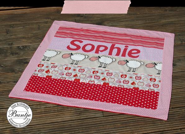 Kuscheldecke Krabbeldecke Babydecke Patchwork Name handmade Baumwolle Fleece rosa rot Schafe Decke Baby Geschenk Geburt