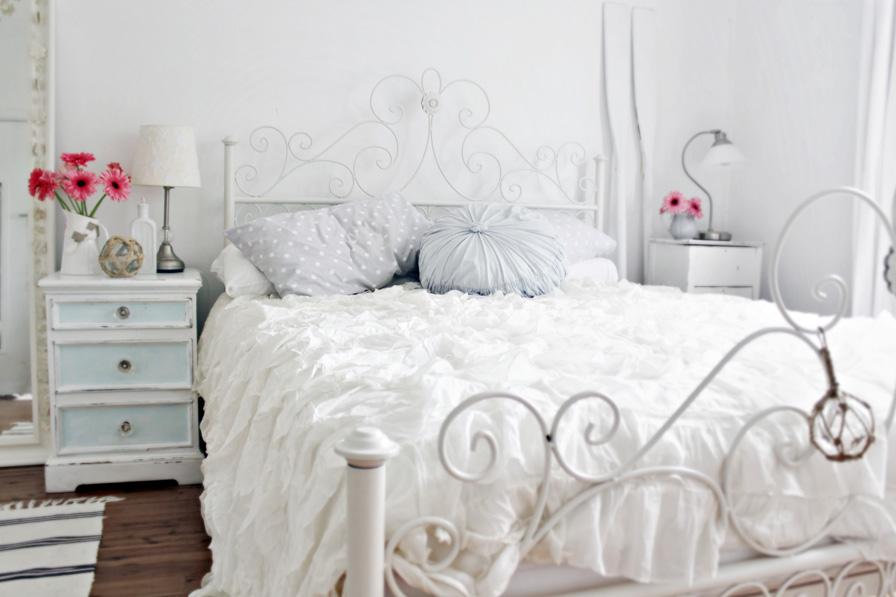 Antique White Bedroom Furniture Australia Furniture Design Blogmetro