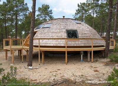 Casa domo de madera en Francia