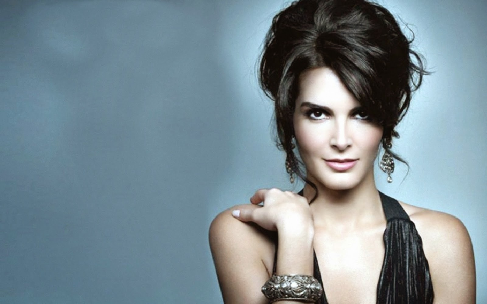 celebrity hd wallpapers angie harmon fashion model pics