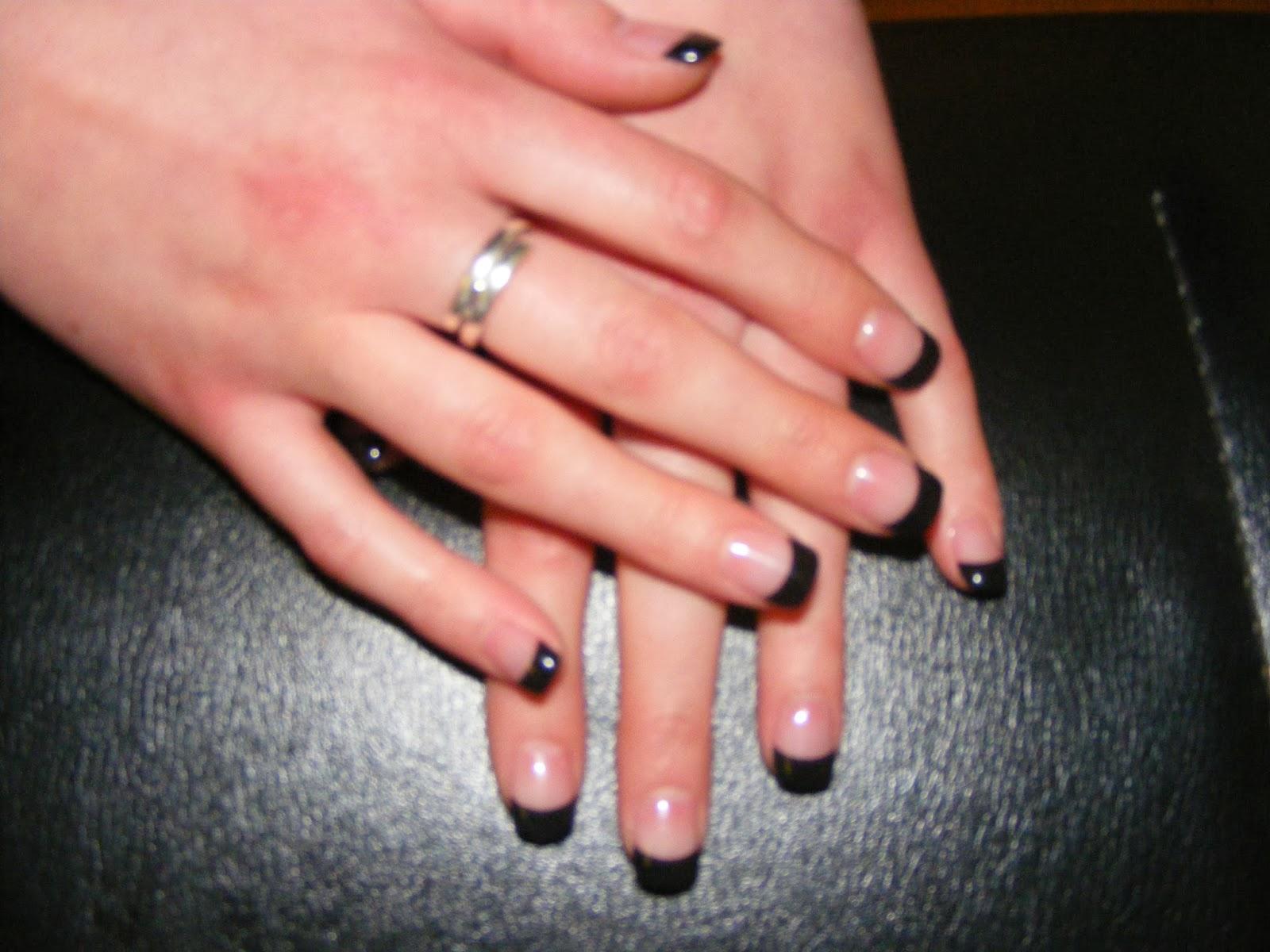 Kim 39 s nails salon acrylic gel nail extensions for Acrylic toenails salon