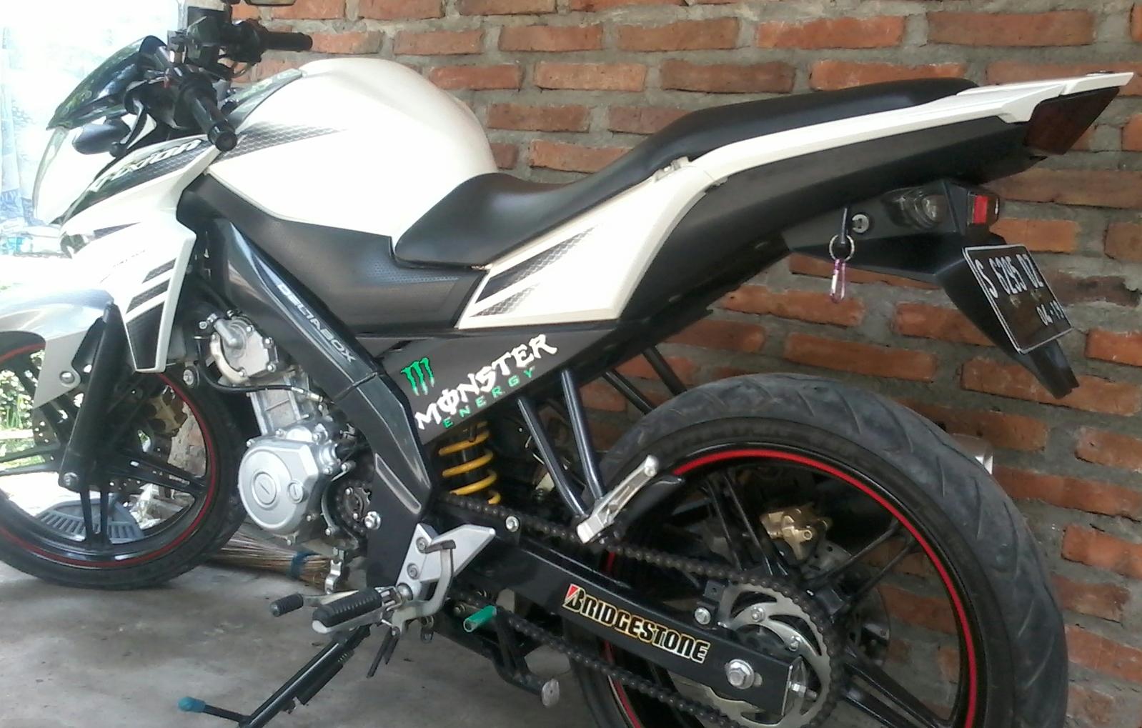 WHD New Vixion Potong Slebor Dan Ganti Stang Jepit Ganteng Tambah Coy