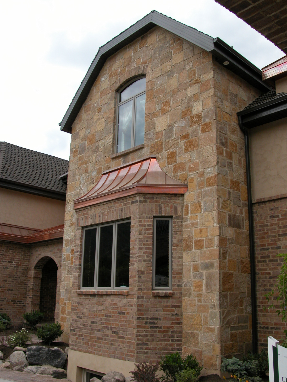 Stone And Brick  binations together with Old French Cottage One Story Floor Plan besides Rocks On Exterior Walls House Images additionally Outdoor Fireplace With Pizza Oven Traditional Patio also Stone And Brick  binations. on rock brick combination exterior home
