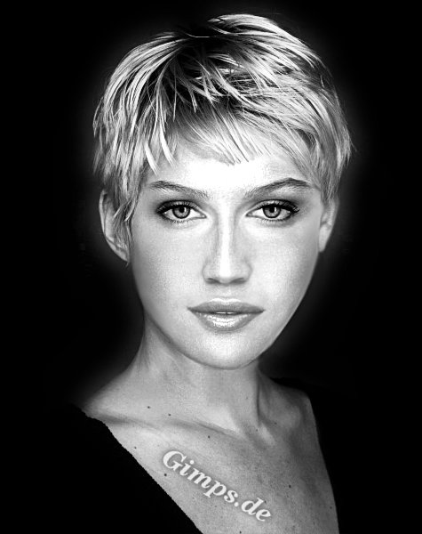 The Terrific Short Blonde Hairstyles For Women Image