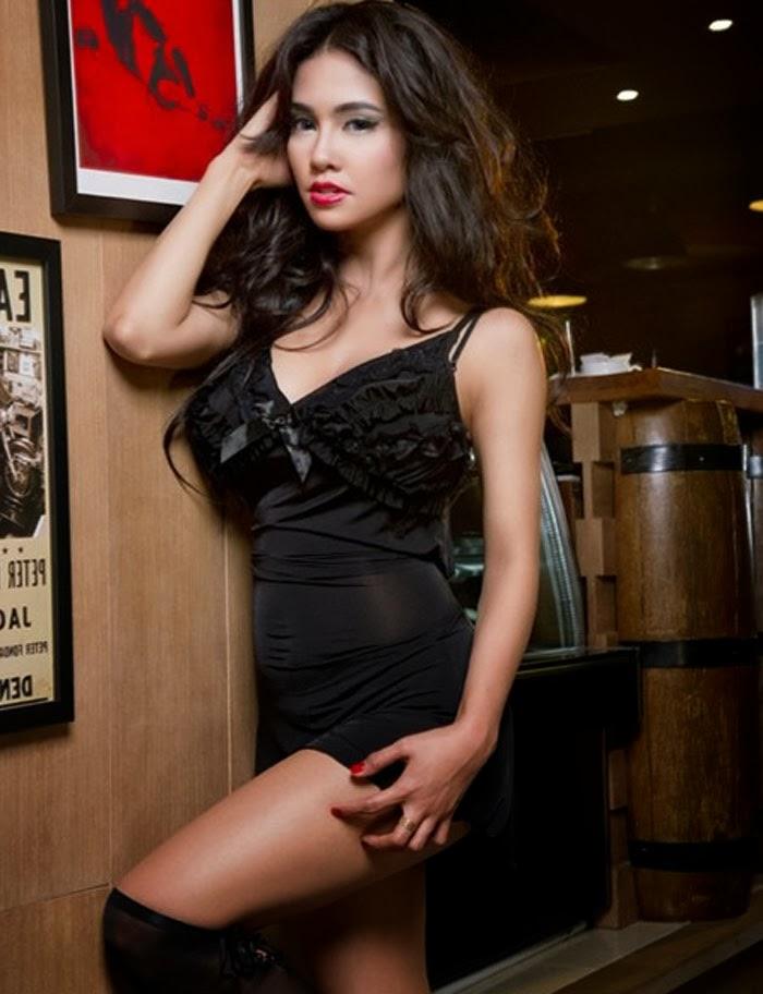foto princess joana di majalah popular desember 2013 tersebut di bawah