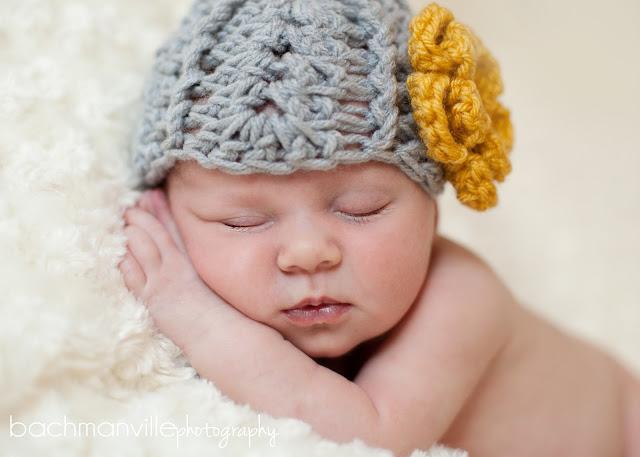 adelineblog006 adeline johanna :: twelve days old