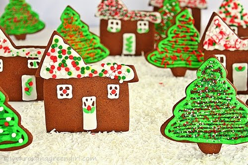 gingerbread cookies | roxanashomebaking.com
