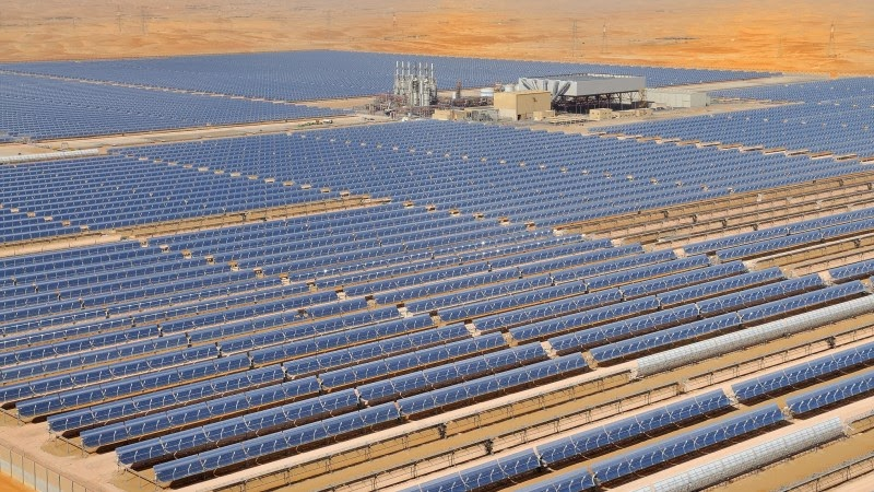 http://1.bp.blogspot.com/-0qKrFbBmYsI/UpruAU-n76I/AAAAAAAAHNg/E7fSu7EPIOs/s1600/Shams+1+is+the+largest+Concentrated+Solar+Power+(CSP).jpg