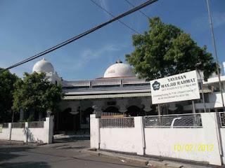 Masjid yang Dibangun Semalam