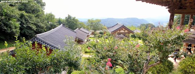 Vista desde lo alto del templo Buseoksa