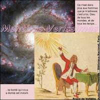 Gravura do século XVIII que representa Voltaire homenageando o Sol. Ele considerava que o Sol e também os outros elementos da natureza tinham uma essência divina