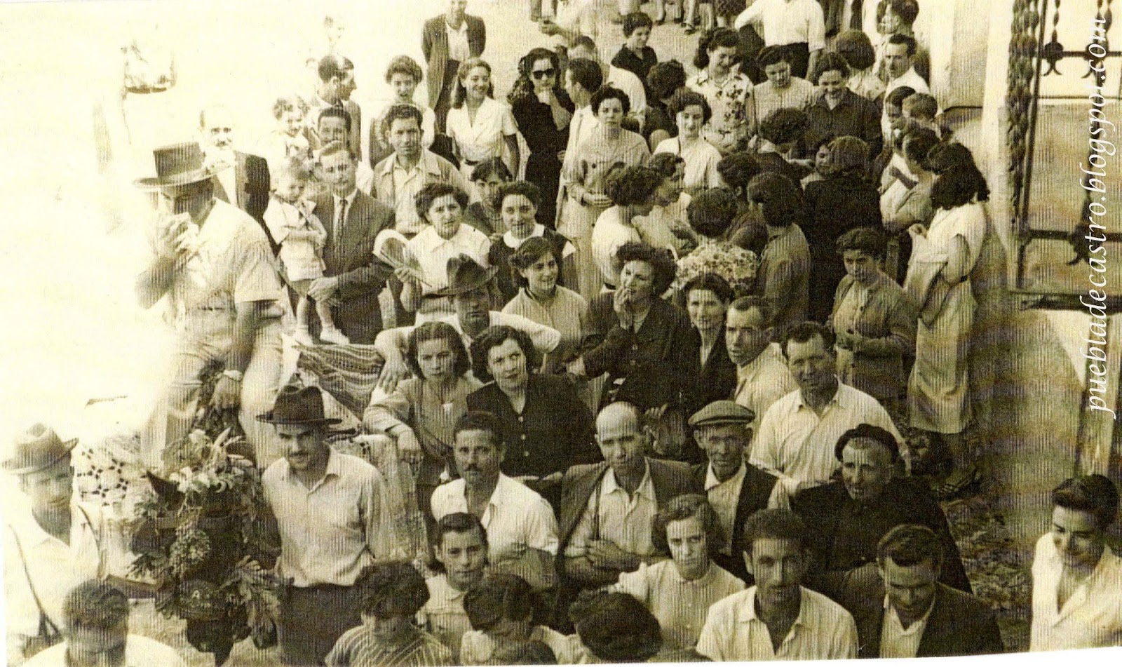 La puebla de castro fiestas en la puebla de castro a o 1952 for 11 marine terrace santa monica