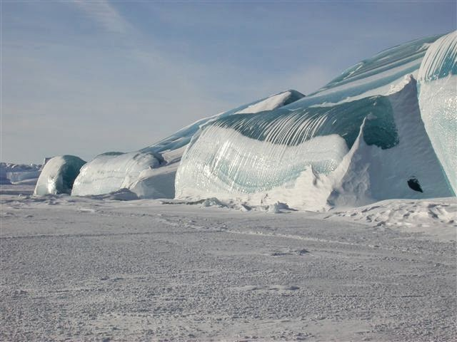 LAKE MICHIGAN ICEBERGS  4