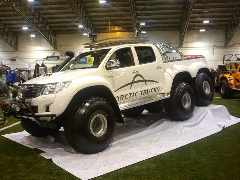 modifikasi toyota hilux 6x6