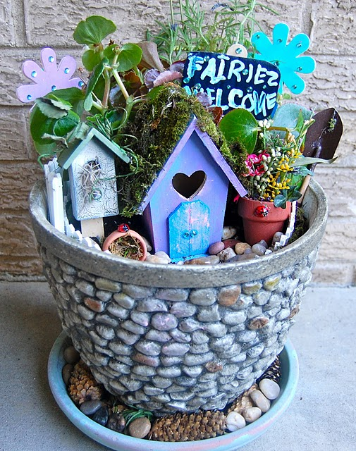Pams party practical tips making a fairy garden - Practical tips to make money from gardening ...