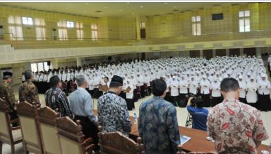 Fakultas Ilmu Tarbiyah Dan Keguruan UIN Sunan Kalijaga Mengukuhkan 928 orang Guru Profesional