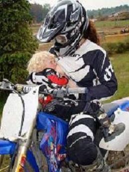 Una Mamá motoquera de tiempo completo
