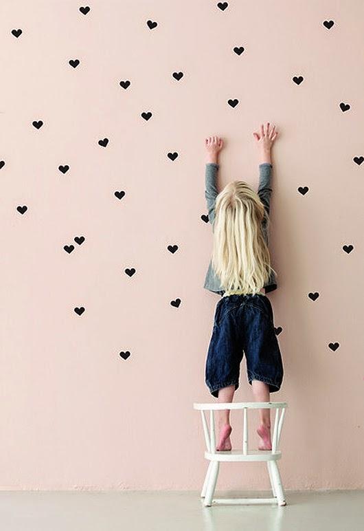 decoracao-coracoes-parede-dia-namorados-valentim