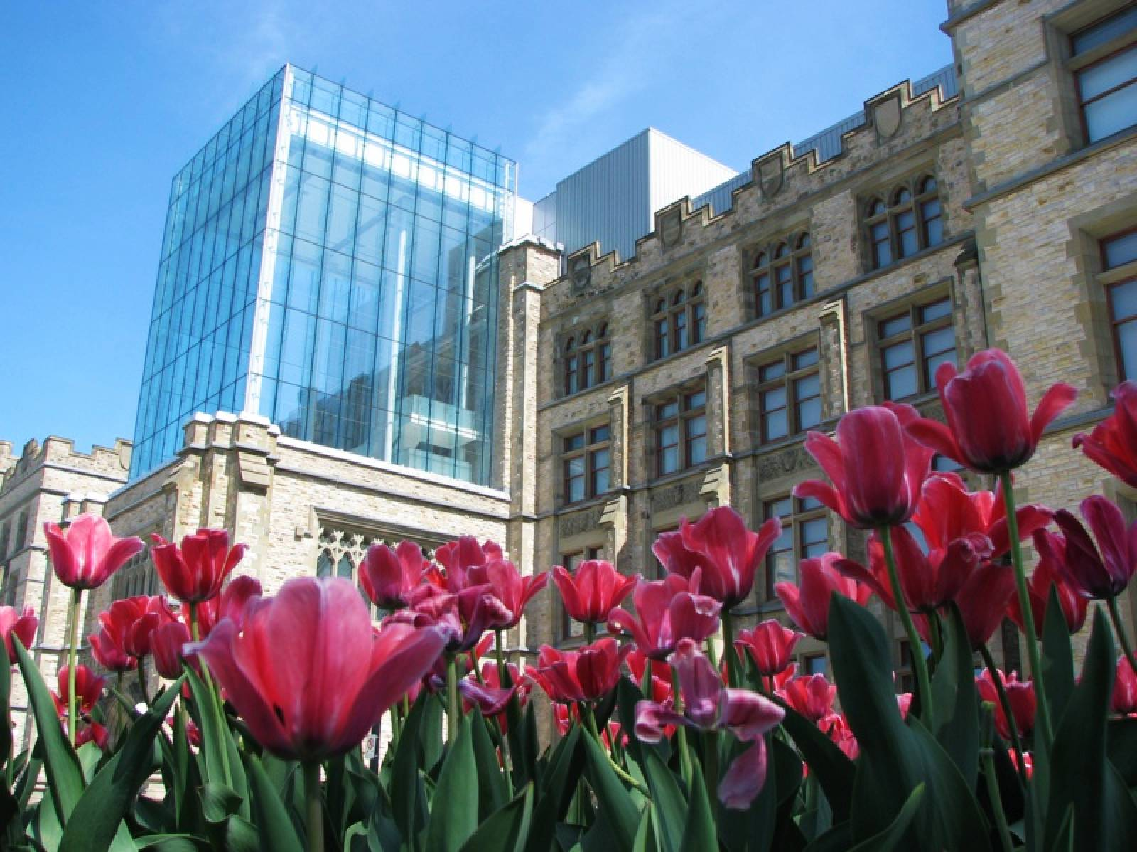 Sights of Canada: a combination of nature and architecture