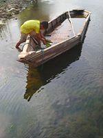 Perahu Buhun dan Anak Tepian Sungai Cimanuk