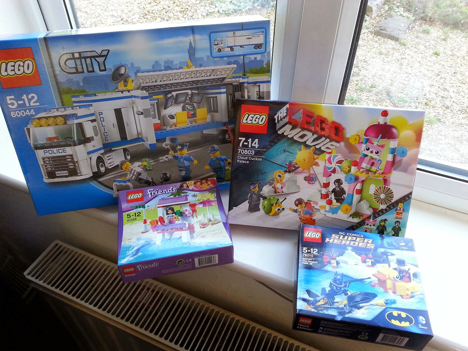 LEGO Spring 2014, LEGO The Movie Cuckoo Palace, LEGO City Mobile Police Unit