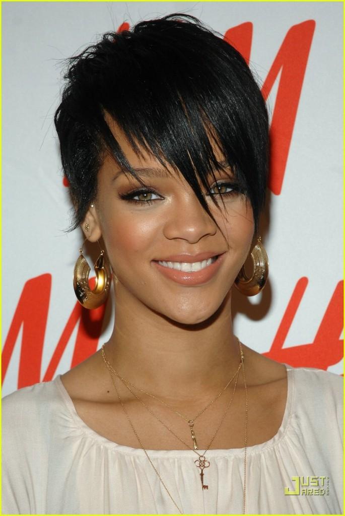 Full Picture Robyn Rihanna Fenty