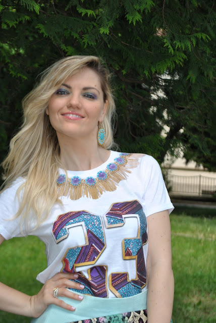 t-shirt tee trend maglietta tee trend con numeri stampati e collana stampata collo collana  mariafelicia magno fashion blogger colorblock by felym fashion blog italiani blog di moda blogger italiane di moda milano blogger bionde ragazze bionde capelli mossi occhi azzurri anelli majique anelli oceanic jewellers tris di anelli con charms anelli con charms tendenza bijoux estate 2015 accessiru estivi ring majique london rings fashion bloggers italy blondie blonde hair blonde girls wavy hair blue eyes boho rings summer accessories outfit giugno 2015 june outfit outfit 10 giugno 2015