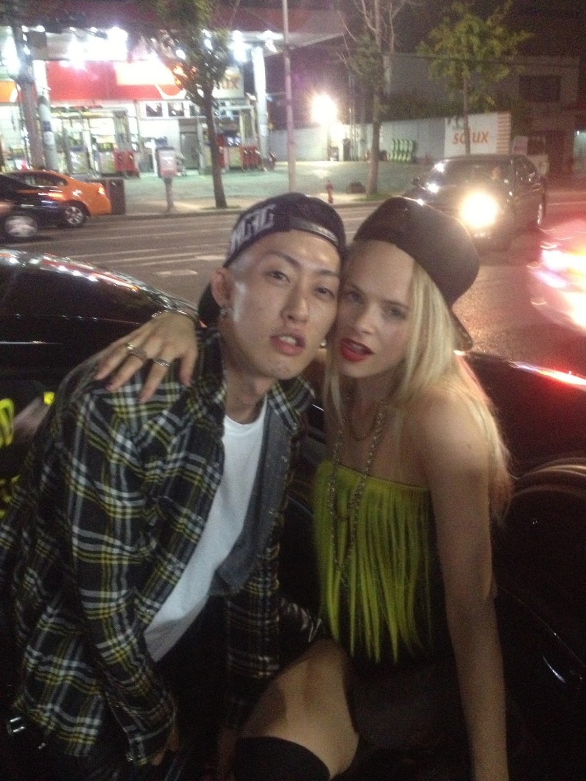G Dragon Girlfriend Kiko G Dragon Girlfriend Ki...