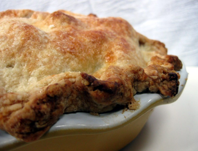 She Manufactures: Glorious Apple Pie