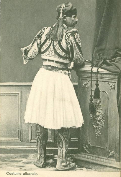 Costume Albanais