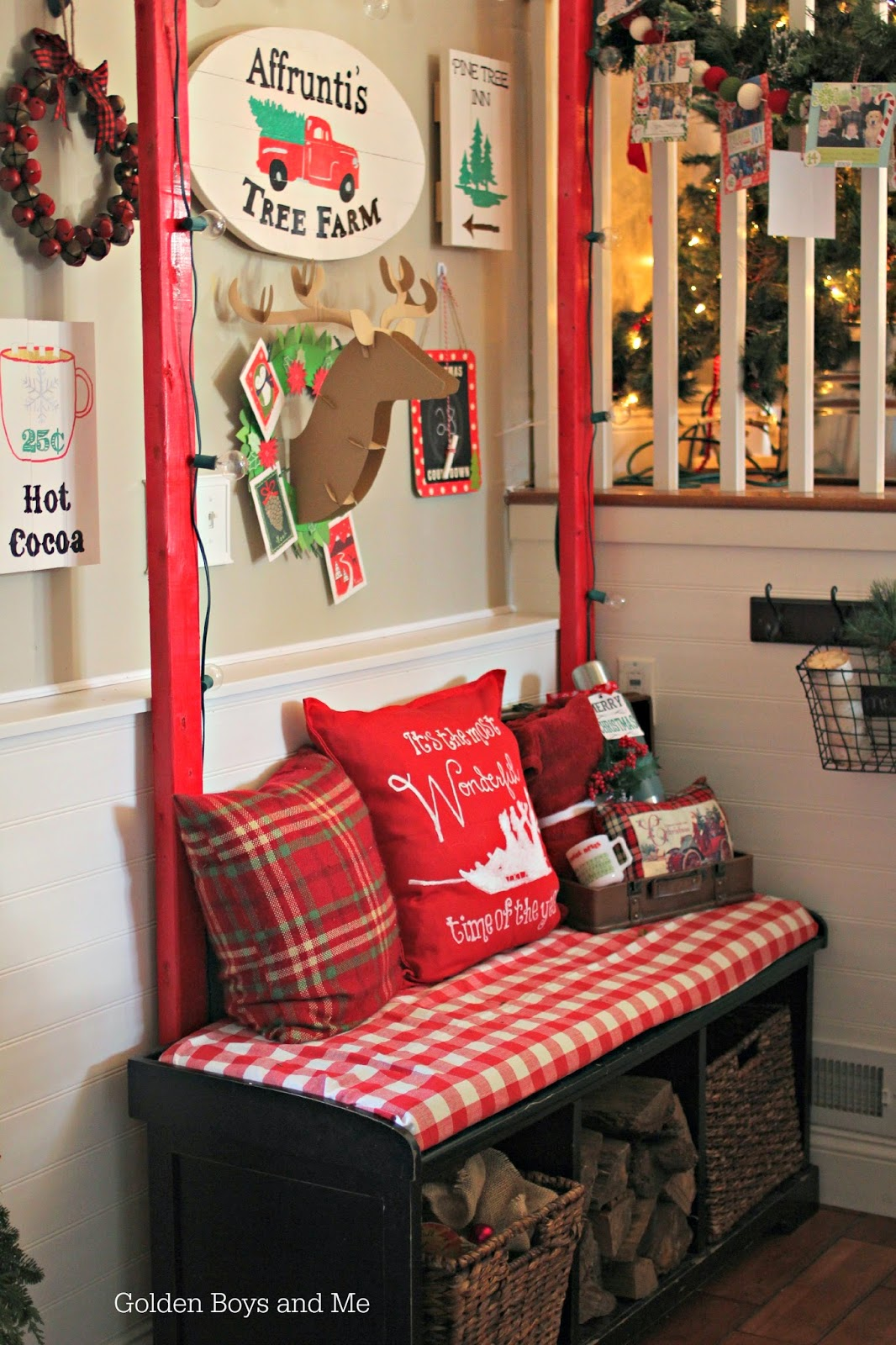 Christmas entryway gallery wall-www.goldenboysandme.com