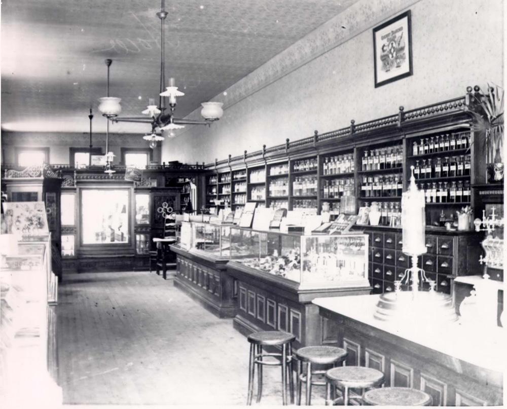 Carl L. Osbergu0027s Drug Store