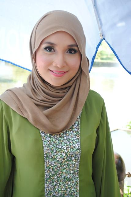 Beautiful by annasha makeup model muslimah lisza