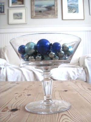 blue Christmas balls in bowl