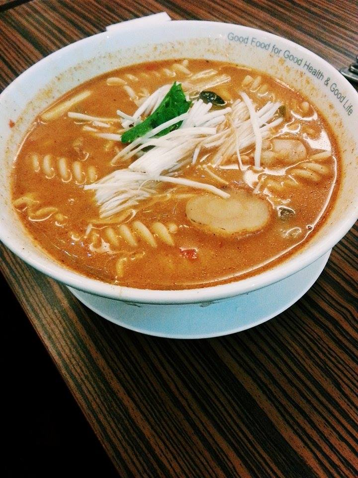 fusili chicken tomyam