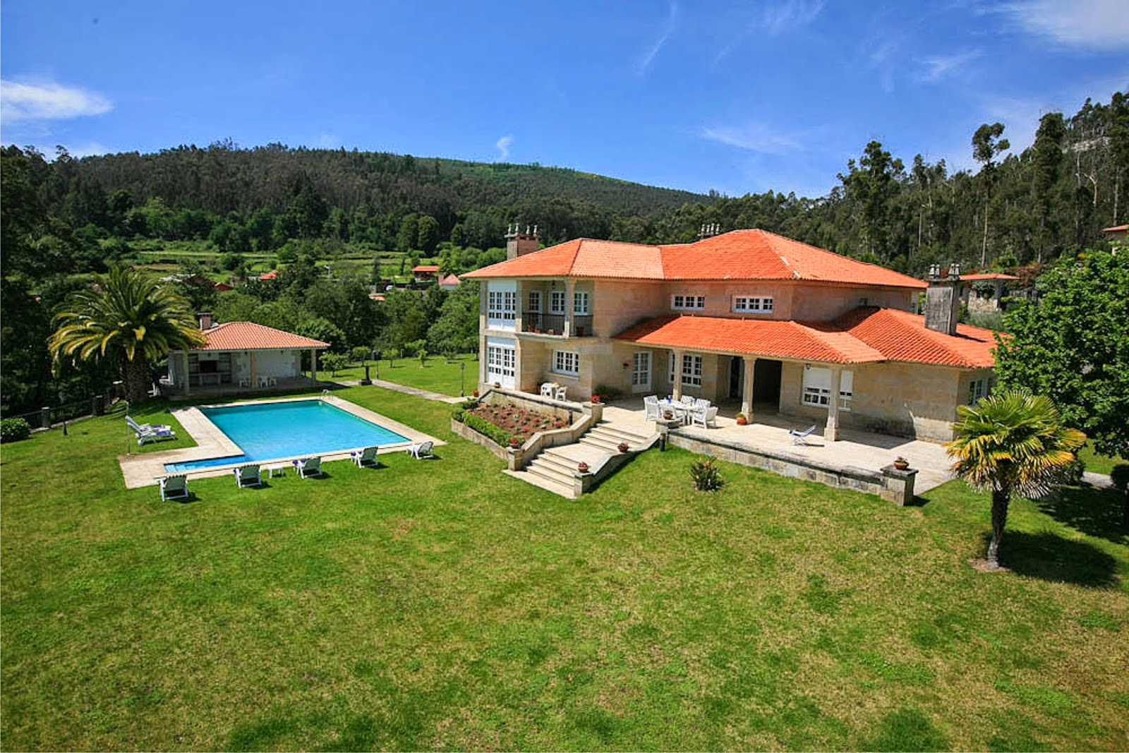 Casa en venta en samieira gabinete inmobiliario for Busco casa en renta