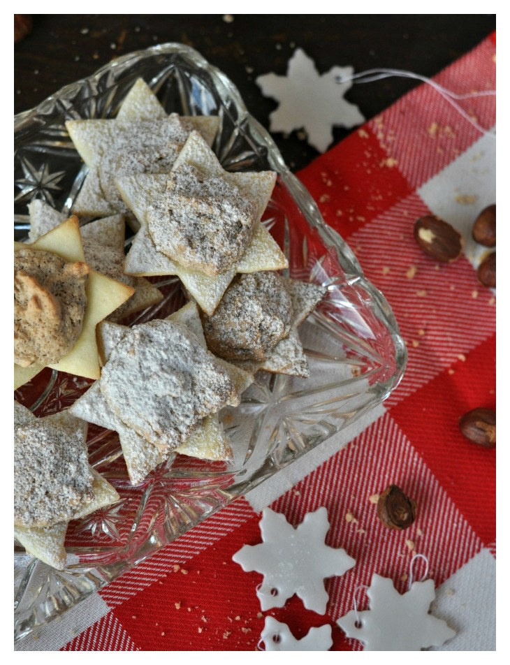 gluten free German Hazelnut Christmas Cookies, crispy and chewy