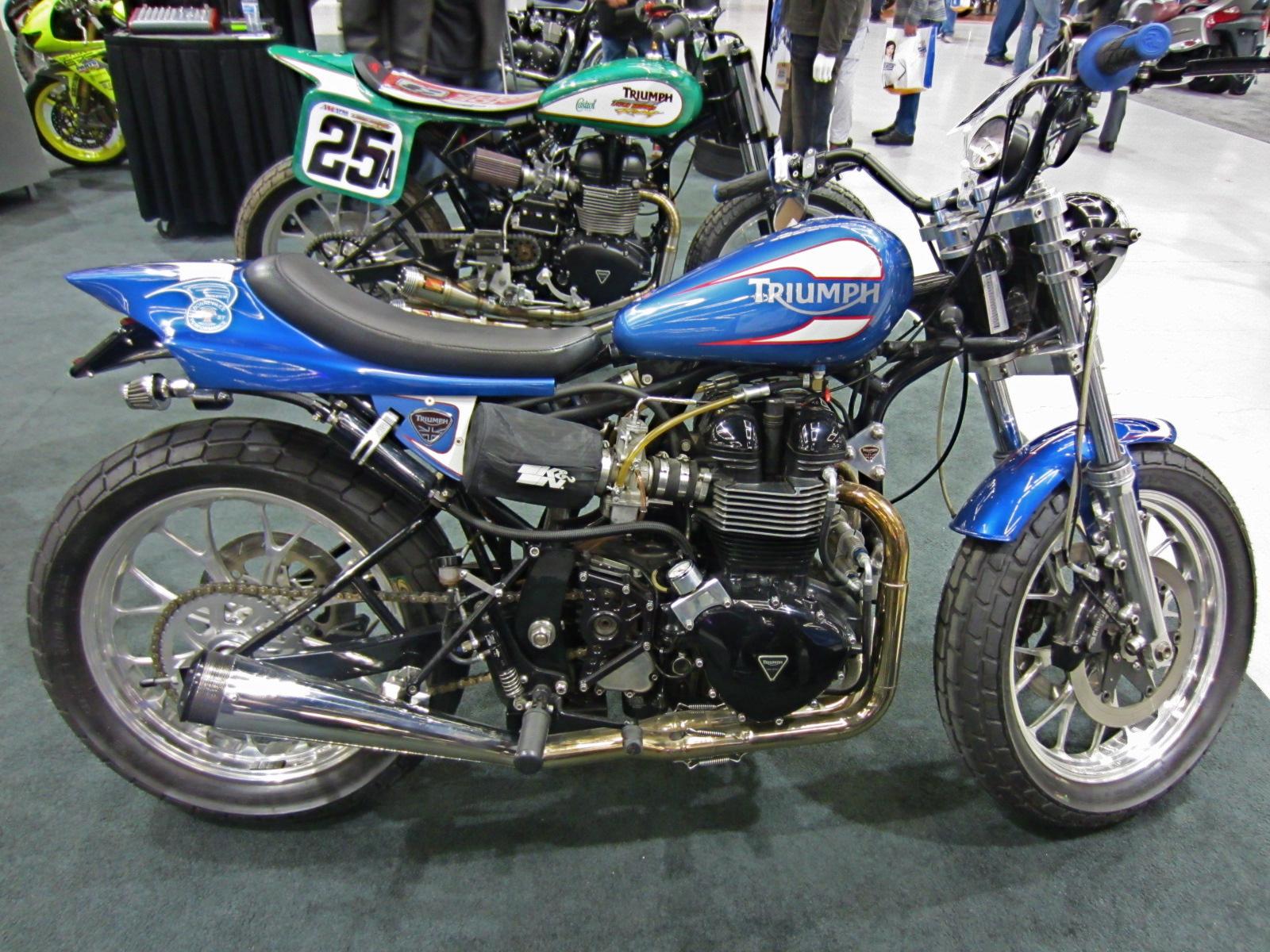 Trobairitz 39 Tablet M For Motorcycles