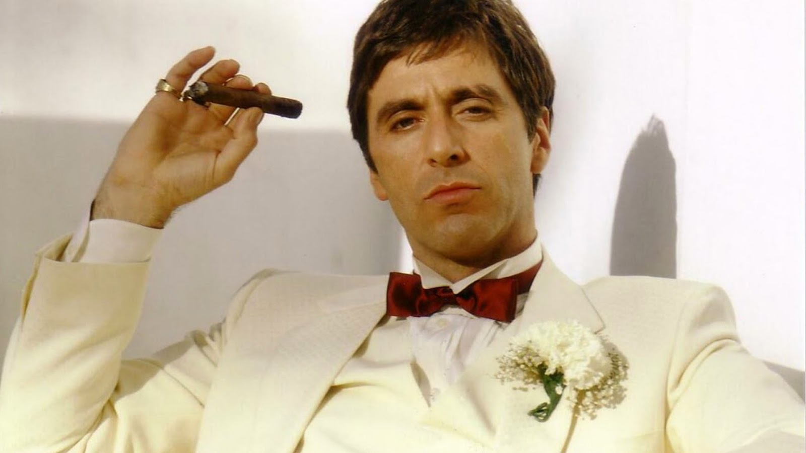 http://1.bp.blogspot.com/-0t3Kx0pAlKo/UL4Y7yiv6dI/AAAAAAAAlTY/OWQp5H6EEBE/s1600/al-pacino-cigar.jpg