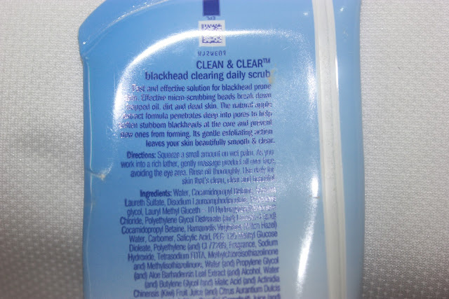 Clean and Clear Blackhead Clearing Scrub Review