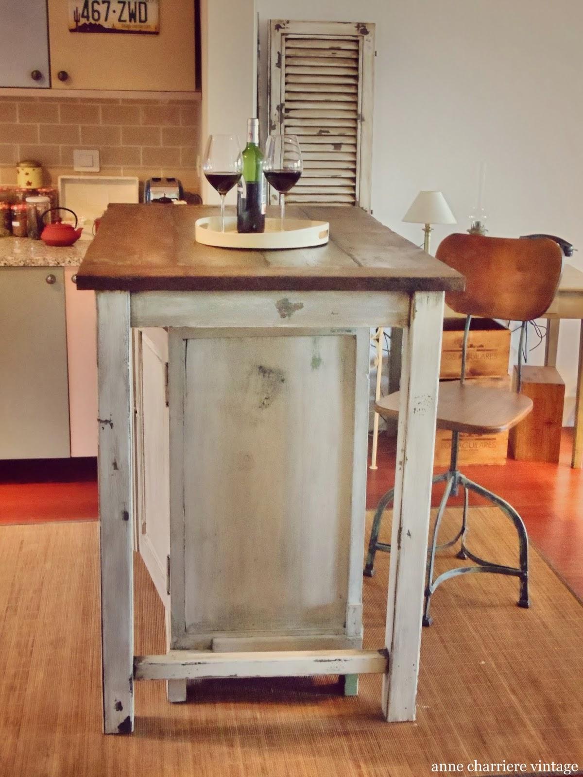 diseño, realización isla de cocina, vigas madera recicladas,